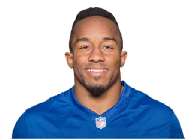 New York Giants tight end Jerome Cunningham will help out the Boys and Girls Club of the Lower Naugatuck Valley during a clothing drive in Shelton on Saturday.