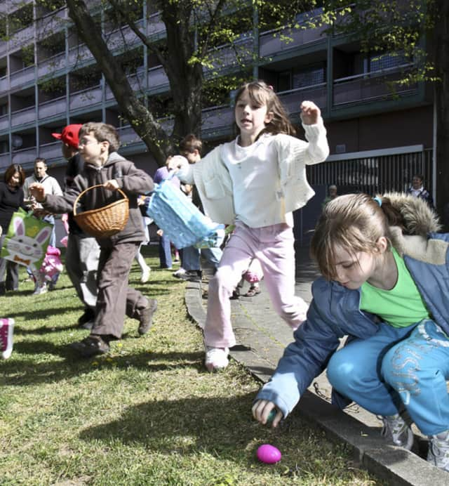 Cliffside Park will have an Easter Egg Hunt and Spring Festival March 26.