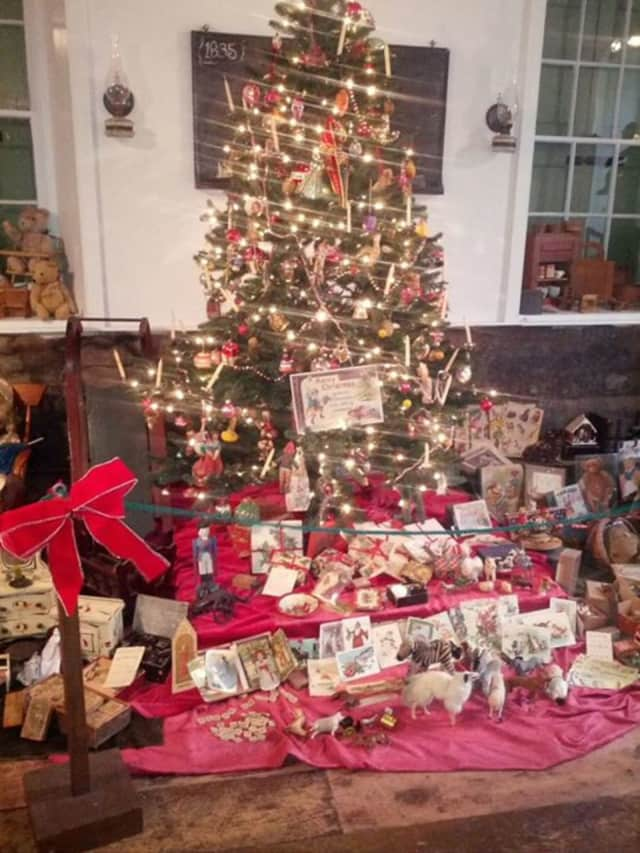 The Eastchester Historical Society will be hosting its annual Victorian Christmas Party on Saturday, Dec. 12, at the Marble Schoolhouse in Bronxville.