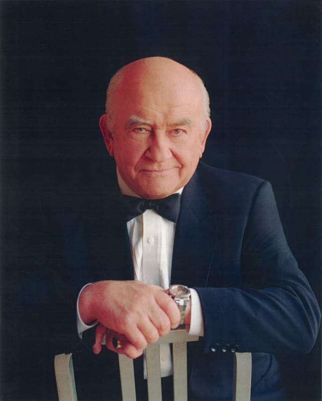 Ed Asner returns to The Ridgefield Playhouse.