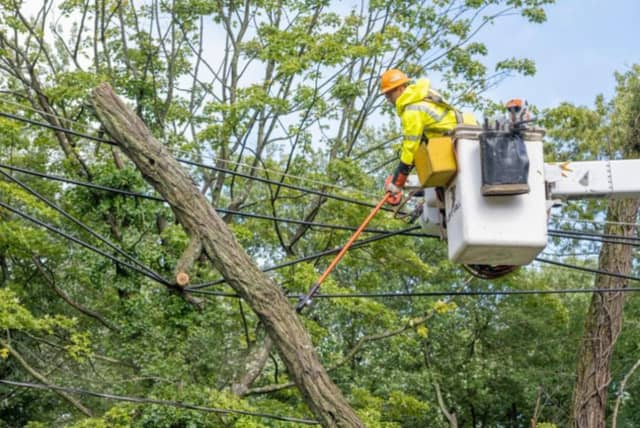 Thousands in Rockland and Orange County are still without power.