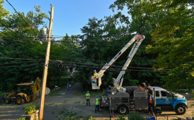 Con Edison crews have been working to restore power to thousands in Westchester.