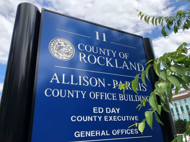 Moody's increased Rockland County's bond rating.