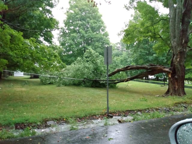 There were still outages reported in multiple Hudson Valley towns.