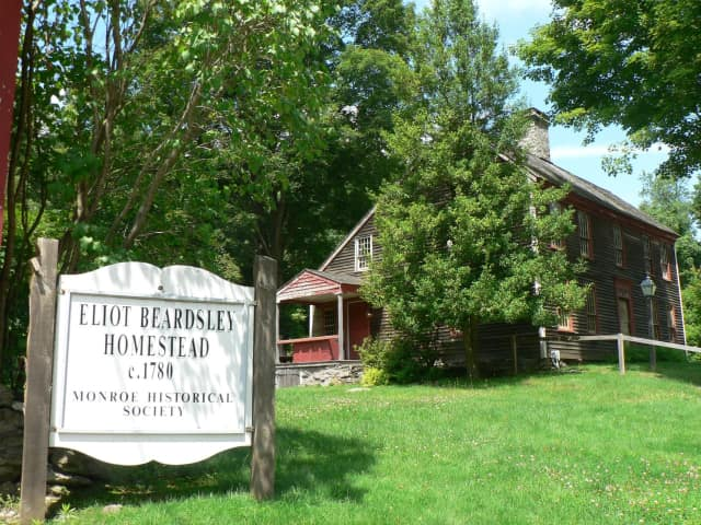 Beardsley Homestead Barn will host the sale.