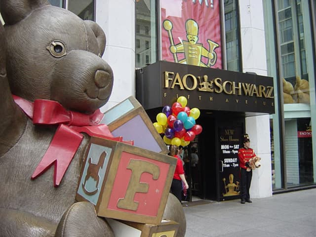 FAO Schwarz is opening a new Rockefeller Plaza location, three years after closing its famed Fifth Avenue store.