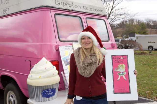 Sonja Kramer and the Cupcake Cutie truck.