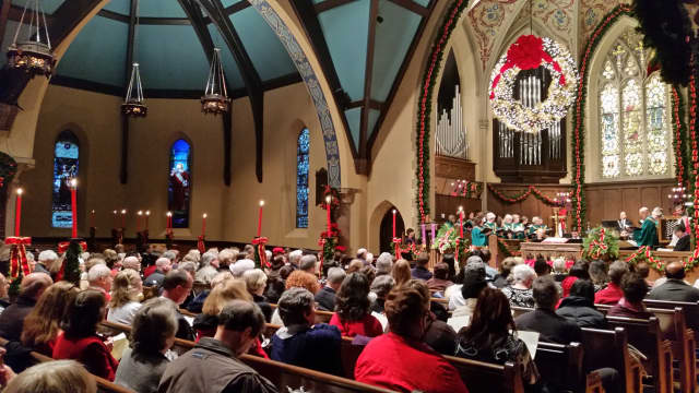 The Englewood First Presbyterian Church will host two Christmas Eve worship services.