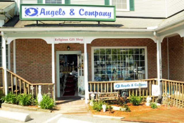 A statue of Jesus was stolen from the front of Angels & Company in Monroe.