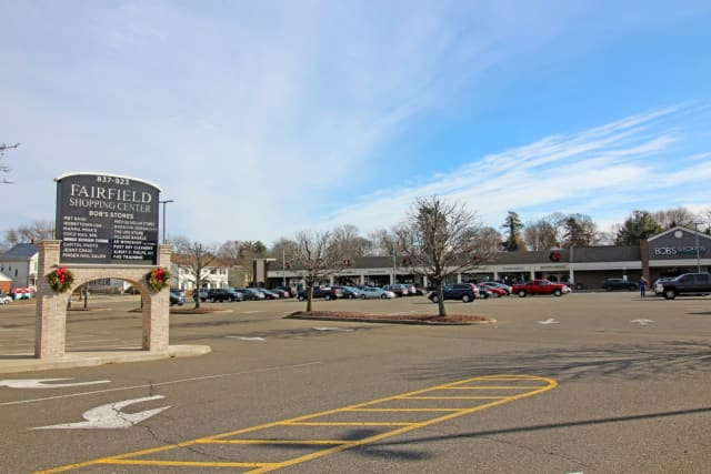 The Fairfield Shopping Center has added two new stores.