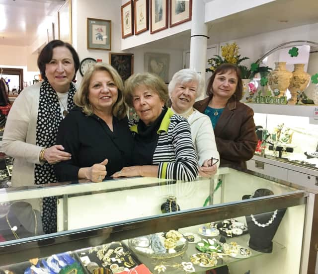 Fantastic Finds, an upscale resale shop, has opened in Chappaqua. The shop's proceeds go to Support Connection, a Yorktown Heights group that helps cancer patients and survivors.