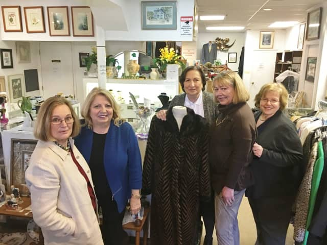 Upscale resale shop Fantastic Finds, which benefits breast and ovarian cancer support services, is holding its annual Holiday Boutique on Dec. 7.