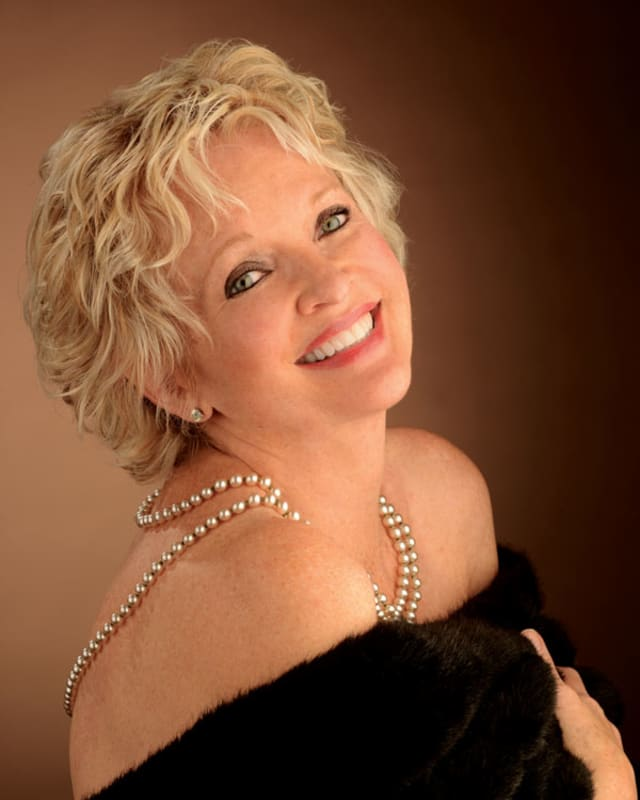 Christine Ebersole. Photograph by Kit Kittle.