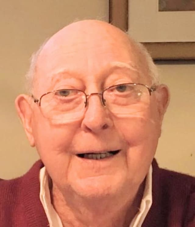 Longtime educator John Ernest Finch has died.