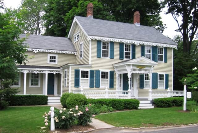 Coldwell Banker Residential Brokerage will present a free Home Buyers Seminar April 20 in Westport.