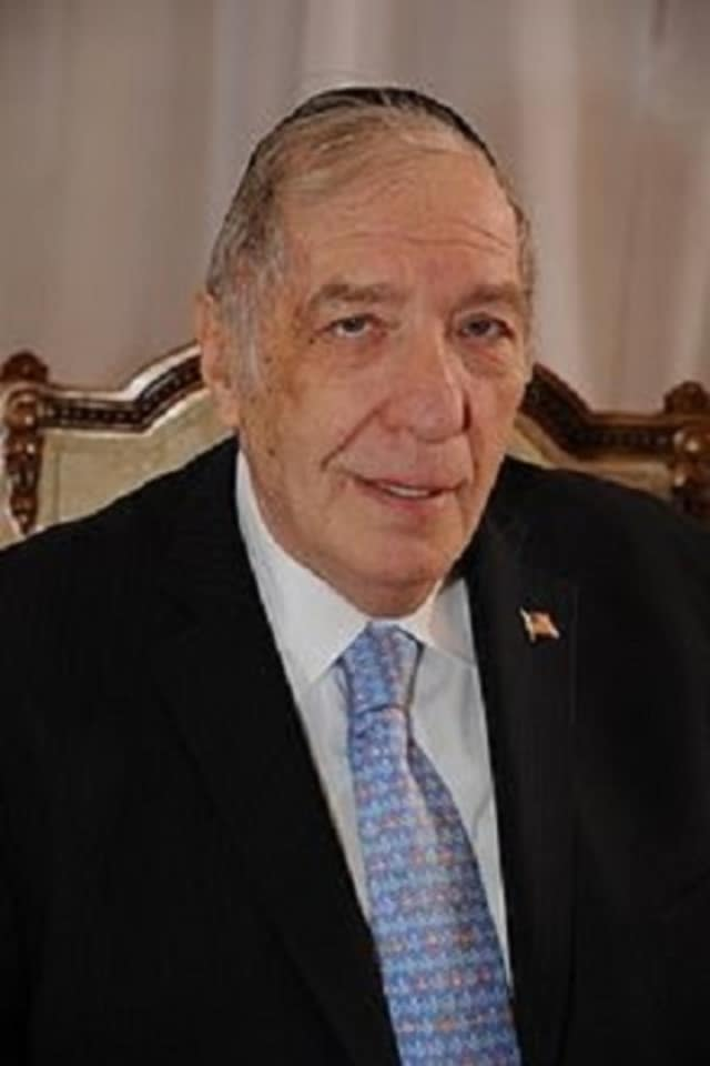 Funeral services will be Thursday, Jan. 21, for Monsey Rabbi Ronald Greenwald, 82, who died this week while vacationing in Florida.