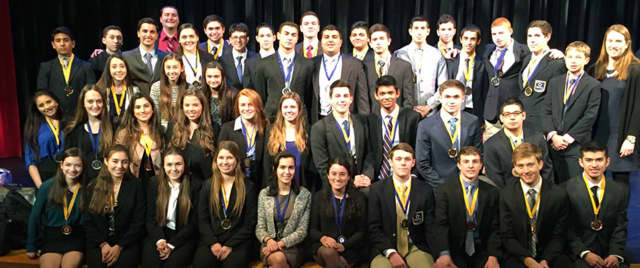 Harrison High School DECA Club advances on to the state level of competition.
