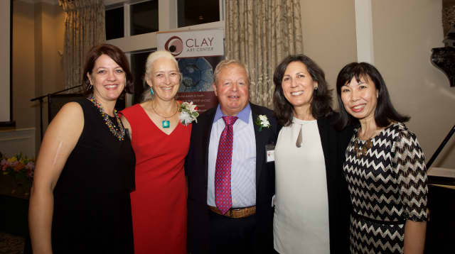 Clay Arts Center Executive Director Leigh Taylor Mickelson with honorees Sarah Coble, Robert Rattet, Debra Fram and Co-Chair Sally Ng at the Clay Arts Center gala on Oct. 1.