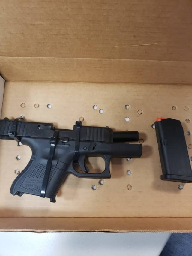 A Pennsylvania man was arrested in Suffolk County after police said he was in a possession of a loaded handgun without a New York pistol permit.