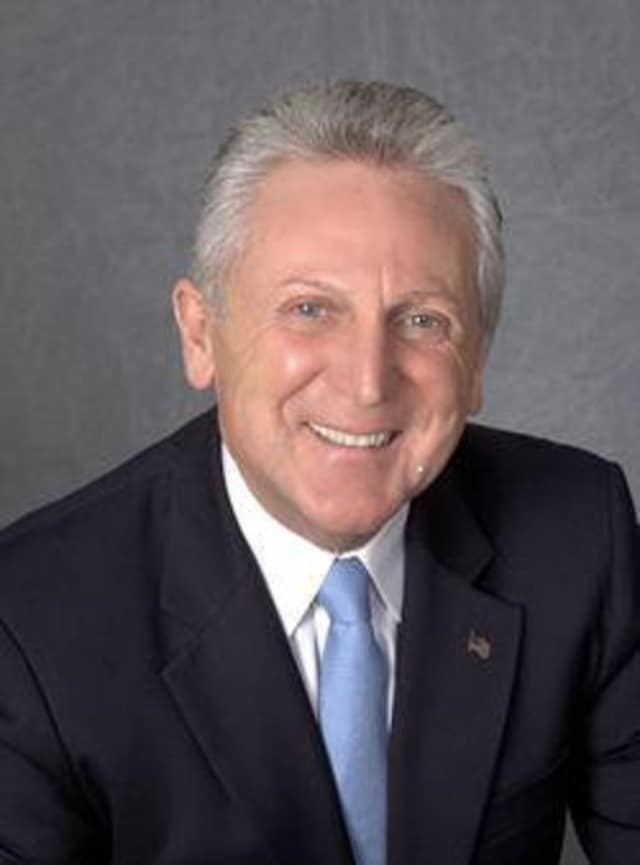 Mayor Harry Rilling