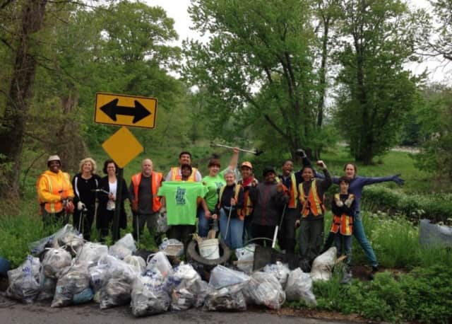 Join residents and volunteers from across the area for the 7th annual Saw Mill River Cleanup on Saturday.