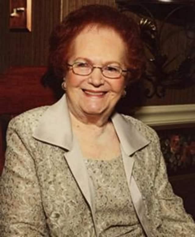 """Helen """"Eleanor"""" (Cavaliero) Maddalena"""
