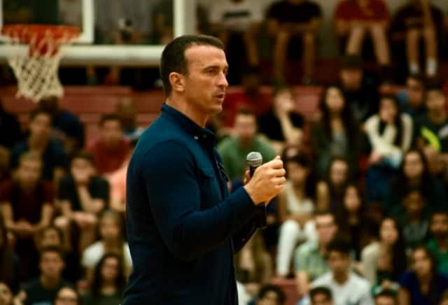 Chris Herren will share his addiction story with Wayne-area residents.