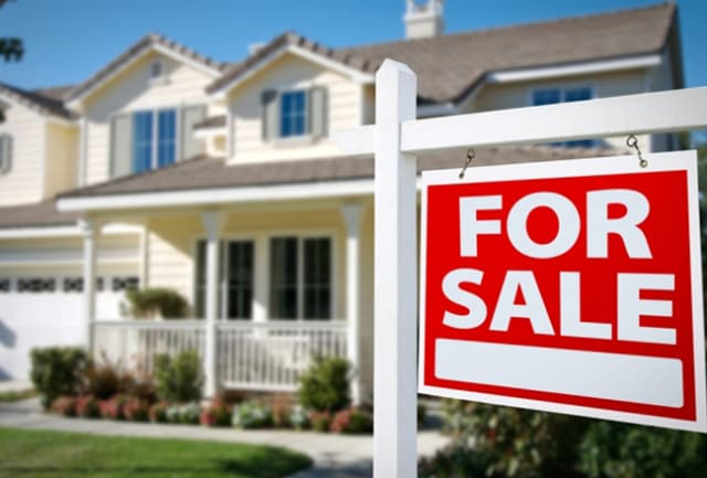 When is the right time to buy or sell a home in Fairfield County?