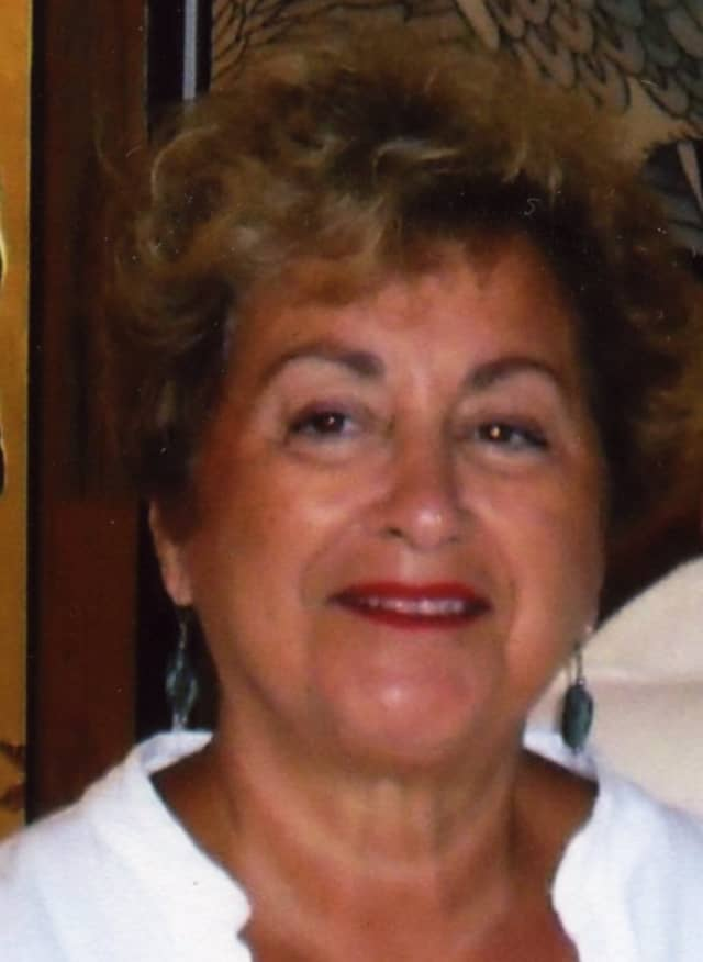 Pauline Hunt