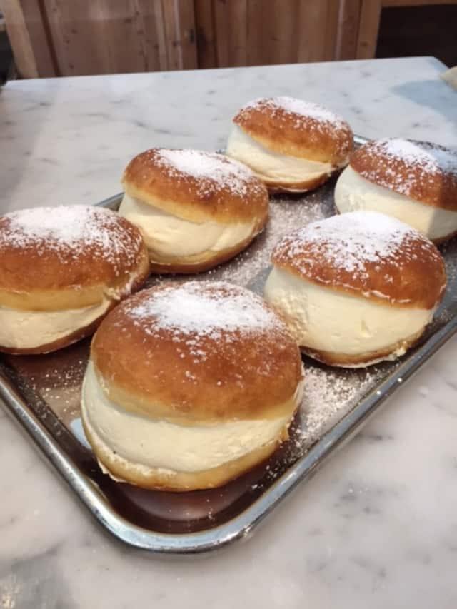 Thanksgiving desserts at Le Pain Quotidien