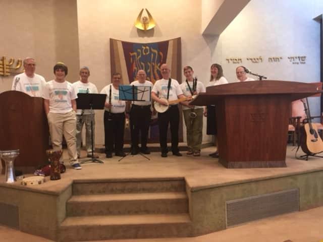 Shir Chutzpah will perform at the Sabbath Service on Friday at the Yorktown Jewish Center.