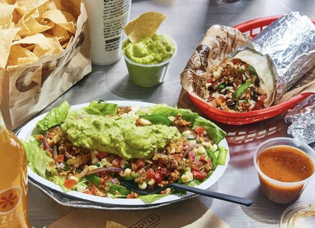 A Chipotle Mexican Grill is slated to open in Montvale.