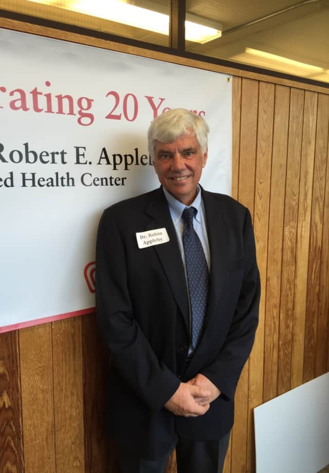 Dr. Robin Appleby