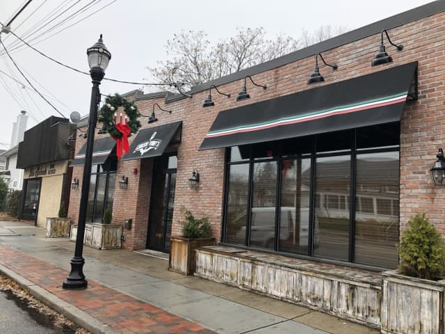 Cousin Vinny's officially shuttered Sunday, Dec. 1.
