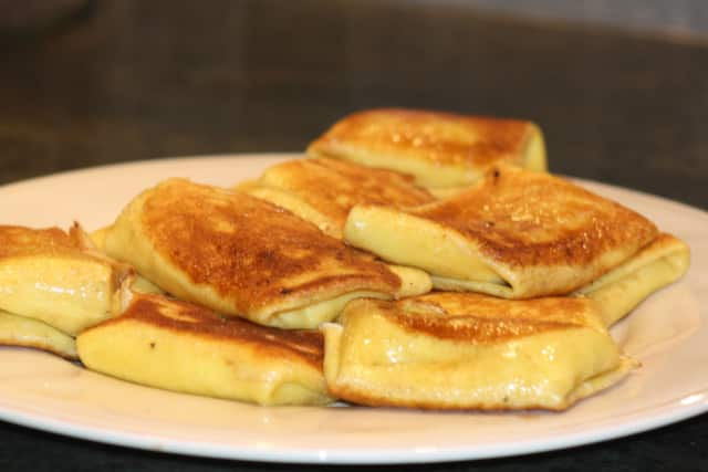 home-made cheese blintzes
