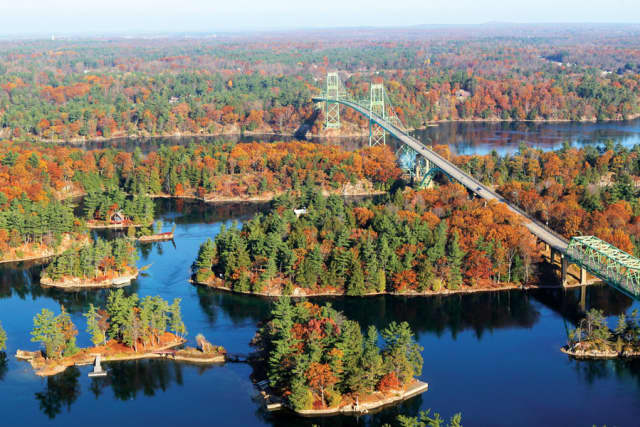 The Finger Lakes and 1000 Islands regions of New York in its autumnal glory. Courtesy Sloane Travel Photography.