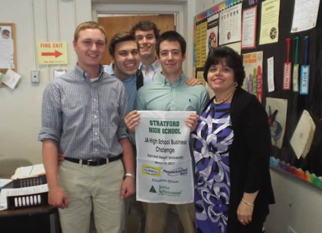 Stratford High School's Business Challenge Team. See story for IDs.