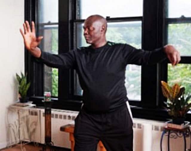 Jonathan Davis will lead free tai chi classes at two Bridgeport library branches.