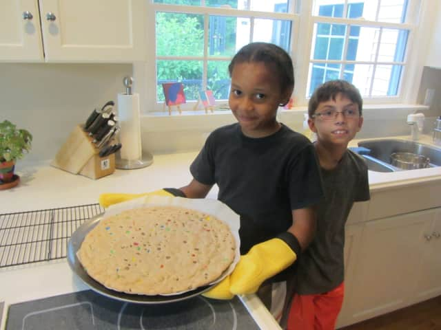 Fresh Air child Jonathan baked a giant cookie in Westport with host sibling Aiden Schachter.