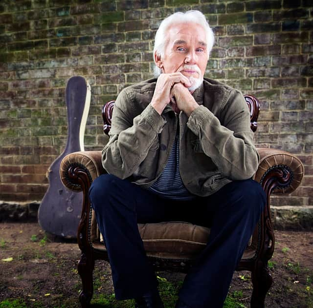 Kenny Rogers fans will have a final chance to see the Country Music Hall of Famer when he headlines the 2016 Ridgefield Playhouse Fall Gala.