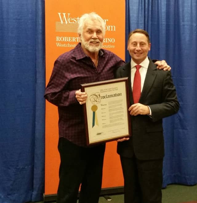 County Excutive Rob Astorino and country superstar Kenny Rogers.