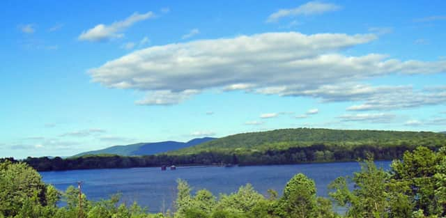 Tainted water from Lake Washington is the center of a lawsuit filed against the City of Newburgh.