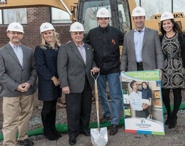 From left to right: Lightbridge Academy Chief Development Officer Phil Harvey; President Gigi Schweikert, Founder & CEO Guy Falzarano, Fort Lee Mayor Mark Sokolich, VP of Development Chris Weiss and Center Director Erika Cueller