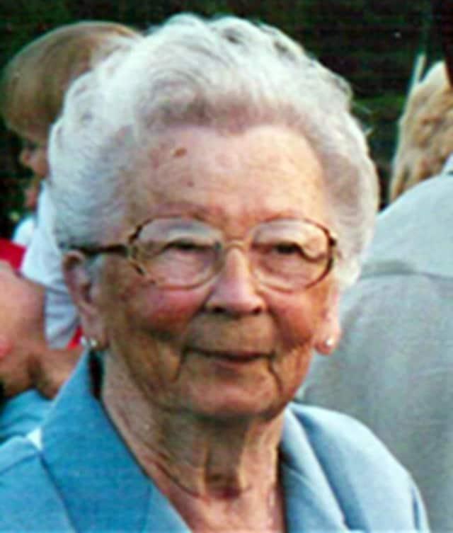 Lottie B. Gusciora Cwalinski