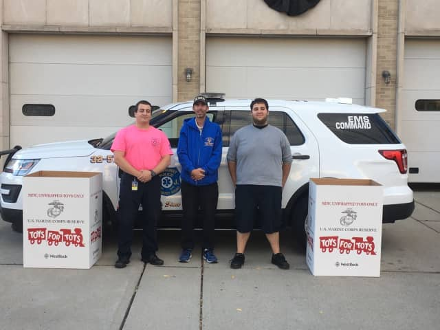The Lyndhurst Police Emergency Squad is an official Toys for Tots drop off site.