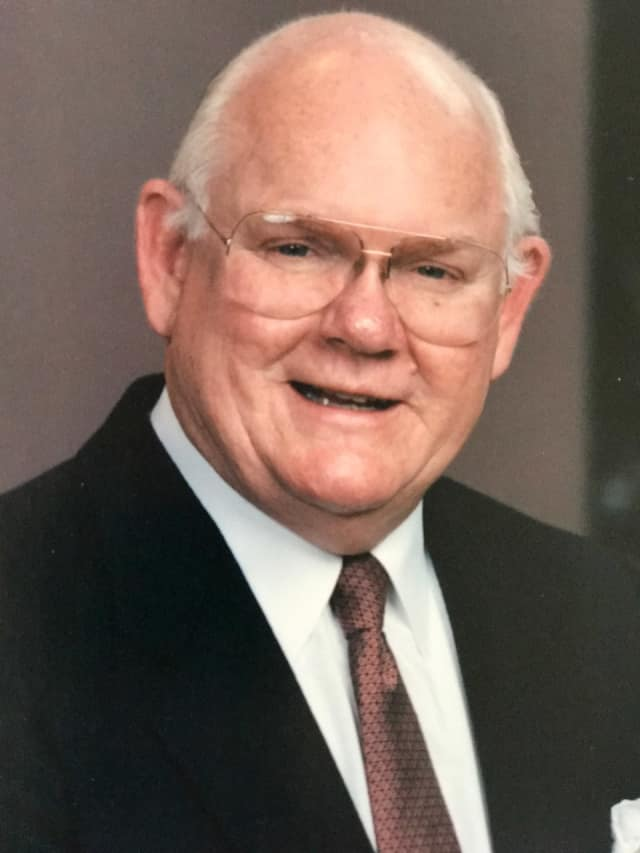 Former Mahway Mayor Robert P. Howard died on Feb. 9, 2017 after suffering a stroke.