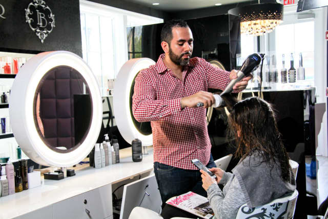 Mamoune Tazi is opening a new location of Le Boudoir, a blow-dry and beauty bar, in Westport.