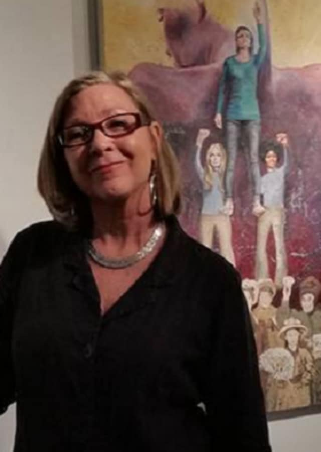 Maureen Winzig is the owner of Winzig Art Studio