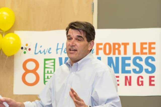 Fort Lee Mayor Mark Sokolich addresses attendees at a wellness event.