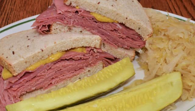 Elmwood Park Centennial Committee will host Corned Beef & Cabbage Dinner.